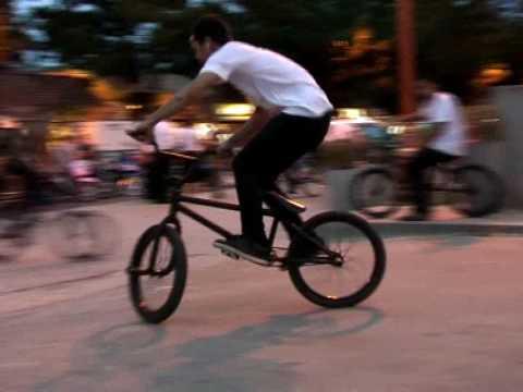 Pyranya street bike อุดรธานี Thailand [Demo]