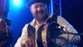 We Banjo 3 - Pressed for Time @ Gate to Southwell Festival 2015, Marquee 1