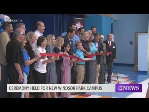 Ribbon cutting ceremony held to celebrate new Windsor Park Elementary School