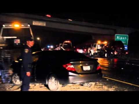 4 Vehicle Pile Up On Highway 99 Near Modesto California
