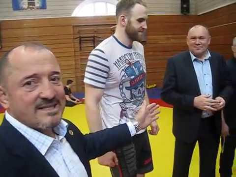 Именные борцовки от фирмы ЭДВАНС для ведущих борцов Санкт- Петербурга.