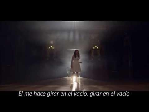 Tourner dans le vide - Indila (Sub Español)