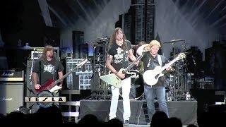 "TESLA 2012-06-22 ""Comin' Atcha Live"" Los Angeles Resimi"