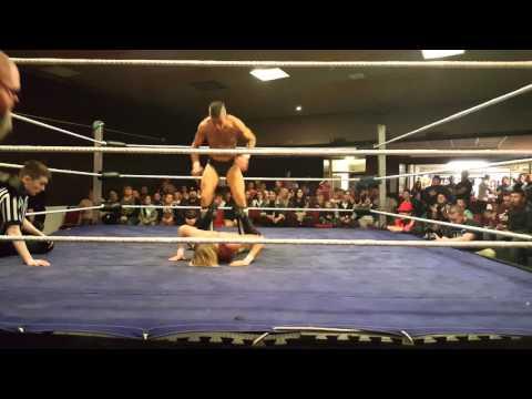 Mark 'Mandrews' Andrews vs Matt Horgan RIW Port Talbot
