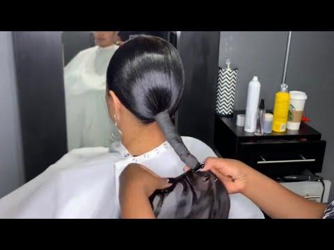 simple-sleek-ponytail!