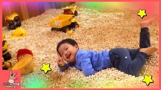 키즈카페 장난감 놀이! 말이야와 아이들 미니 유니 즐거운 놀이공원 ♡ 어린이 장난감 놀이 Kids cafe toys play for kids | 말이야와아이들 MariAndKids