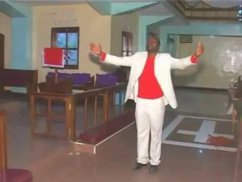 Ambwene Mwasongwe Karibu Yesu Official Video