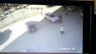 Неизвестный выбил дверь и украл деньги из офиса Бердска 2