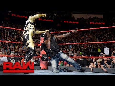 Goldust turns on R-Truth: Raw, May 15, 2017