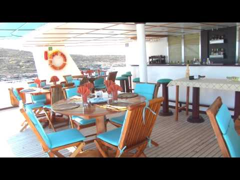 The best Galapagos Cruises aboard Yacht Anahi