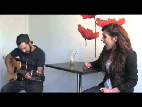"Edita Abdieski: ""Born this way"" Lady Gaga Accoustic Cover"