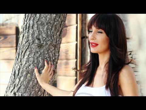 IVANA KOVAC FT. KLAPA BUNARI - DALMACIJO, SRCE OCA MOGA (OFFICIAL VIDEO 2012) HD