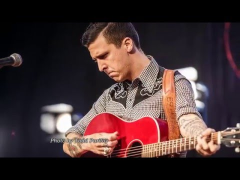 "American Aquarium ""Wichita Falls"" LIVE on Texas Music Scene"