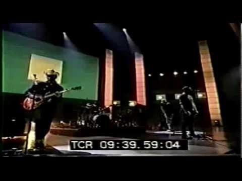 U2 Please soundcheck