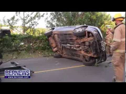 Car Overturns On North Shore Road, Nov 22 2013