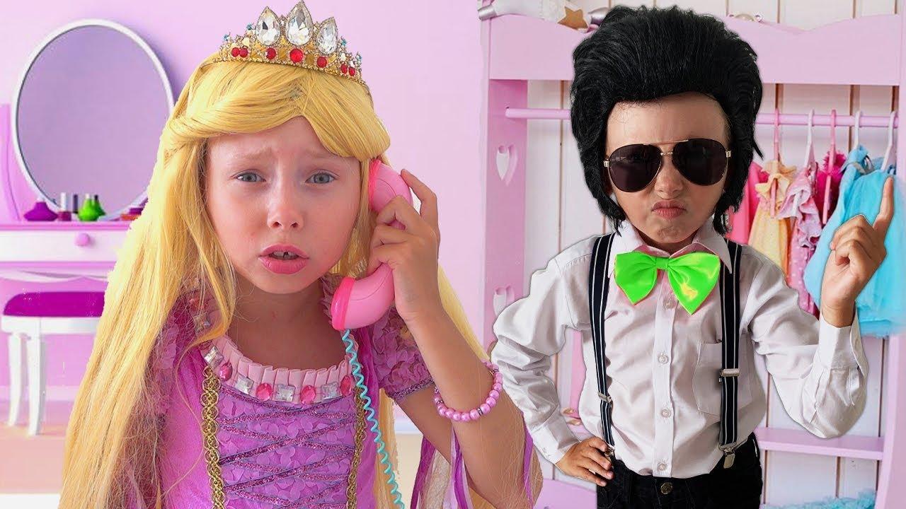 Download Alice y amigo se visten para una fiesta