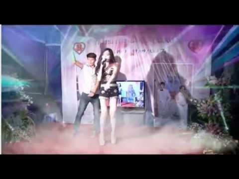 Đám cưới ở một vùng quê nghèo MC thiếu vải nhảy sung nhạc remix - Không Cảm Xúc