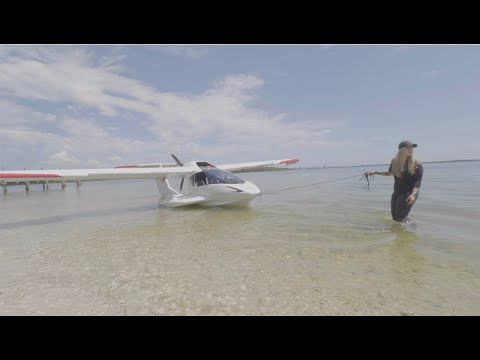 Beaching an Airplane | How to fly the ICON A5