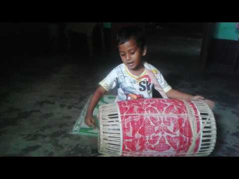 Unbelievable dhol played by a little boy of assam