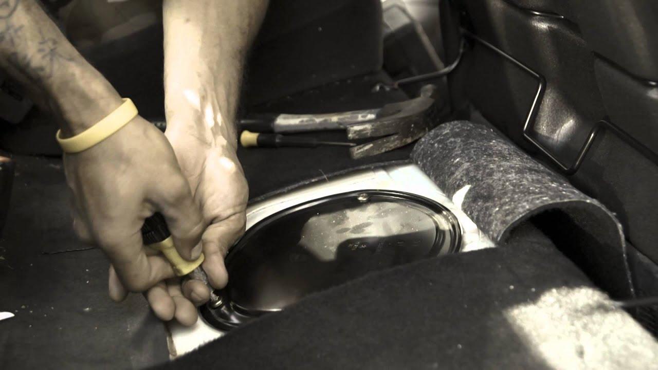 vw jetta 99 fuel pump removal