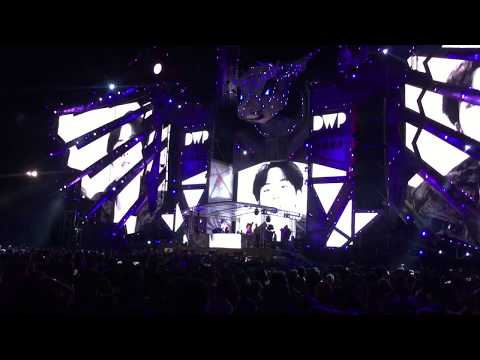BTS - Mic Drop Mix By Steve Aoki Ft Designer FIRST TIME LIVE PERFORMANCE AT DWP 2017! INDONESIA!