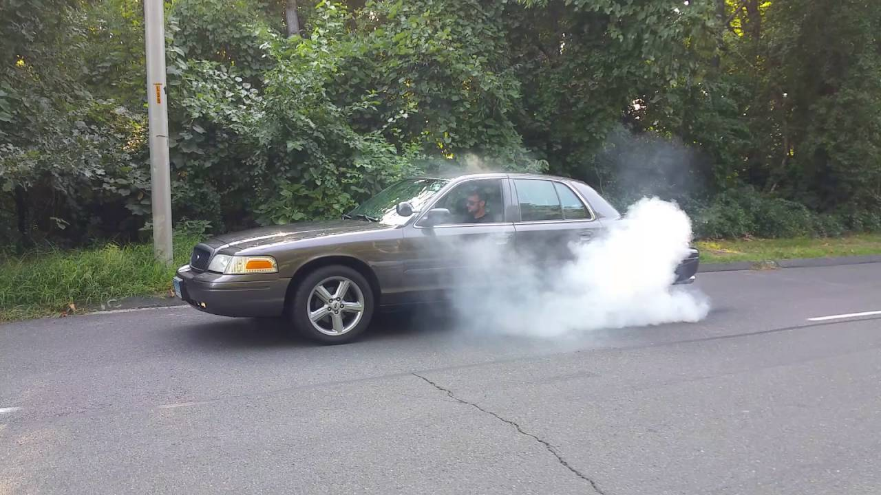 Ford Crown Victoria Burnout P S