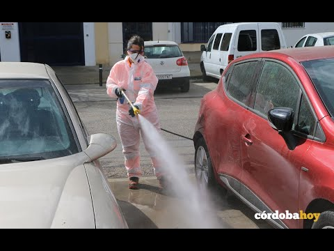 Sadeco ha comenzado a desinfectar las calles para acabar con el coronavirus