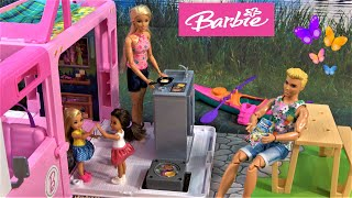 Barbie and Ken Camṗing Story: Barbie Sister and Friend Get Bored Camping in Barbie's Camper