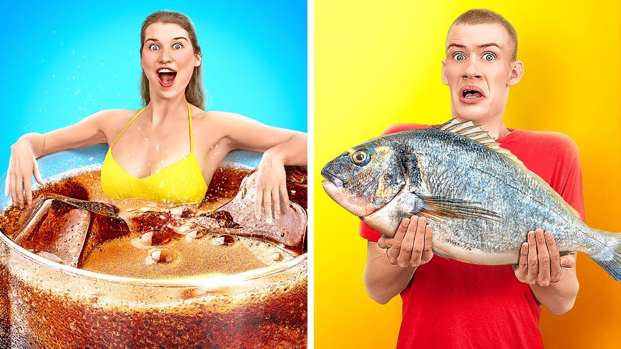 TANTANGAN MAKANAN BESAR VS KECIL SELAMA 24 JAM! Makanan Raksasa VS Mungil oleh 123 GO! CHALLENGE