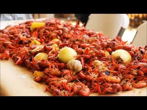 How To Boil Louisiana Crawfish.  Spring Season Too