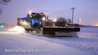 12/27/2014 Twin Cities Early Morning Snow Cleanup B-roll