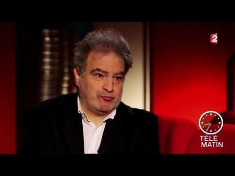 Portrait - Raphaël Mezrahi : fausses interviews, vrais délires !
