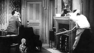 Laurel and Hardy - Pack Up Your Troubles Trailer
