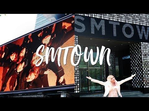 SMTOWN TOUR ► SUM Cafe Market and Jonghyun&39;s Memorial