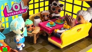 LOL Surprise Dolls Li'l Woodzeez Restaurant with Paw Patrol Ryder Wrong Clothes Toy Video