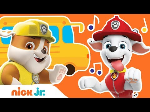 'Wheels On The Bus' PAW Patrol REMIX! 🚌 Back To School Sing Along | Nick Jr.