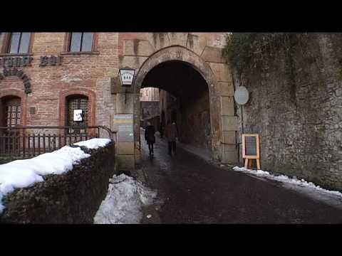 Cortometraggio: CASTELL'ARQUATO, borgo medievale tra i più belli d'Italia