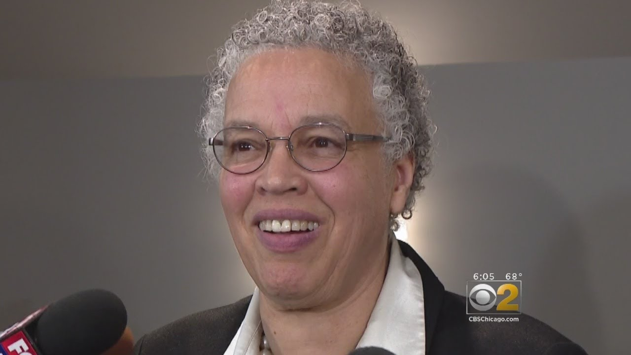 Toni Preckwinkle Now Considers Running For Mayor Of Chicago