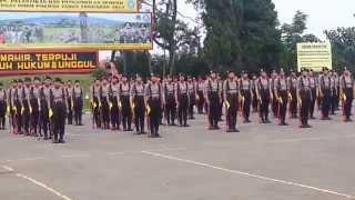 Kolone Senapan Polwan SPN Polda Jabar