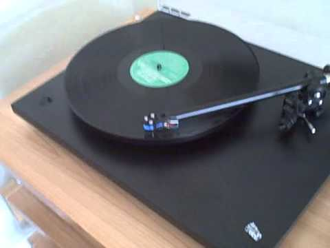 Rolling Stones (paint it black) Vinyl- Rega p3-24