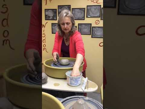 Centering Clay On The Potter's Wheel