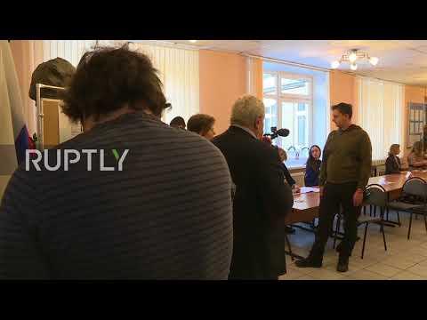 Russia: Polls open