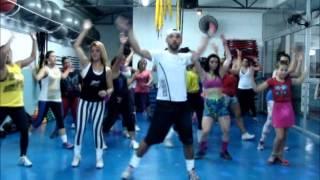 Zumba Fitness - Dale Cuerda a la cadera