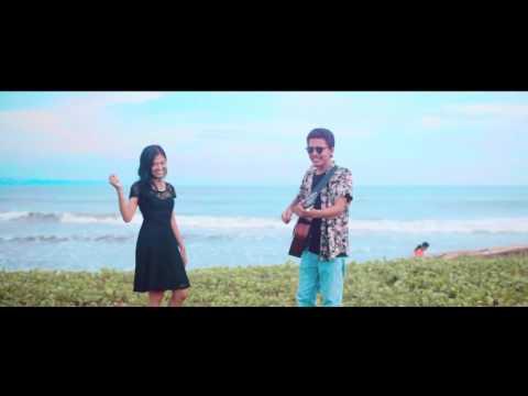 YOGANATA FT.NARESWARI - ADE NE KUANG (official video clip)