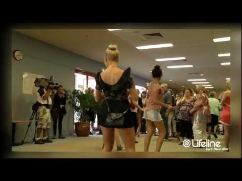 Official Flash Mob Tamworth Country Music Festival - Lifeline North West