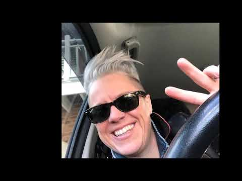 Kell joins Tracy & the Big D on 104.9 Sunshine FM, February 2019