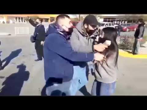 Clientes desencadenan batalla campal en Costco para comprar pasteles