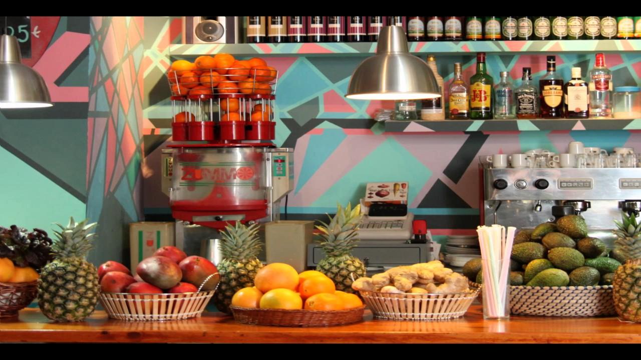 Abrir un local de jugos y batidos es un negocio que se toma en serio youtube - Ideas para montar un bar ...