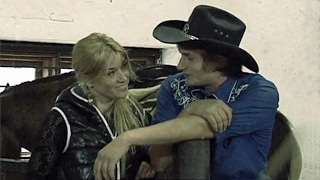 Свободная жена на ранчо с горячим мачо, а муж у срытой камеры. Соблазны