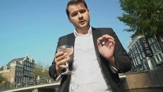 Extreme bartending - Old Simon Genever Martini